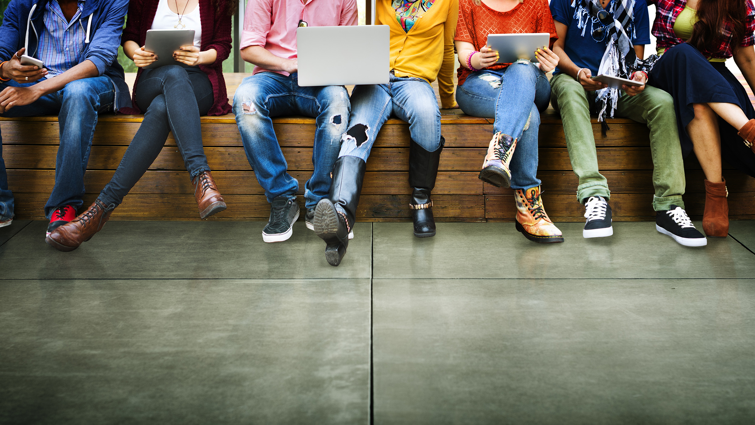 The 5G revolution: fixed wireless, broadband, and the home network